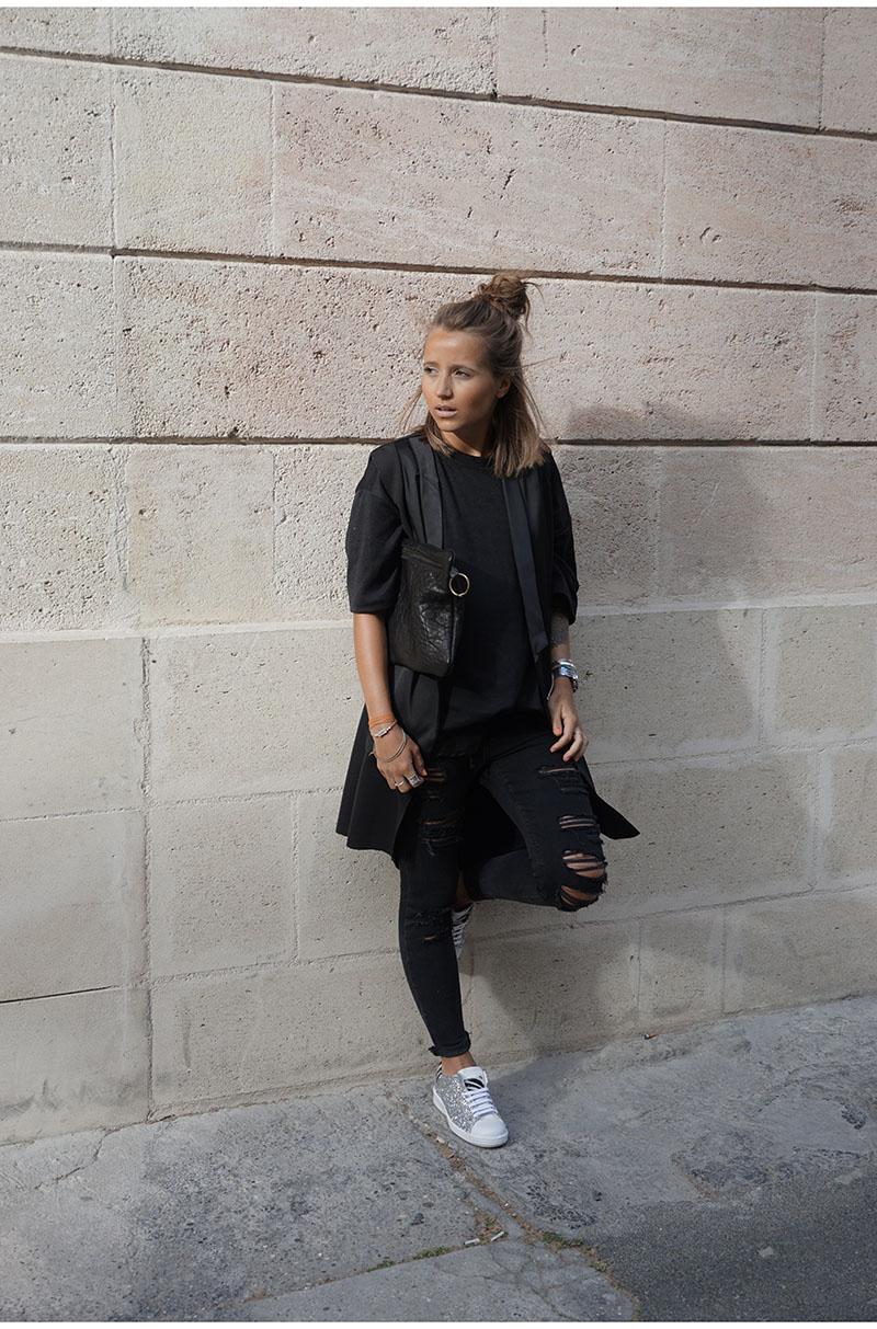 Le retour du sportswear chic sur le blog ! Cela fait un petit moment que je  ne vous en avais pas fait. Aujourd hui c est férié 0c44058b5a3