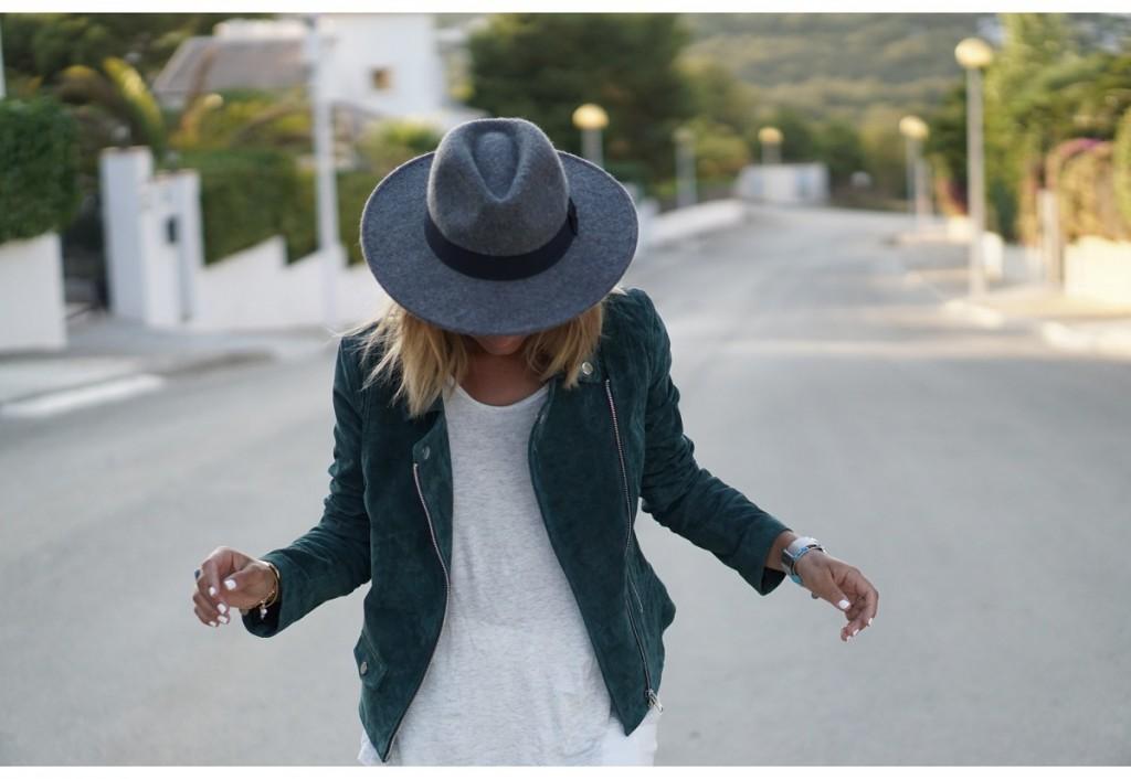chapeau-gris