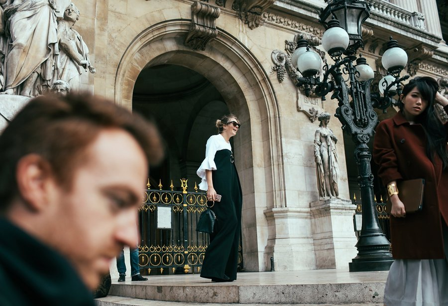 phil-oh-pfw-spring-2016-day-7-street-style-13