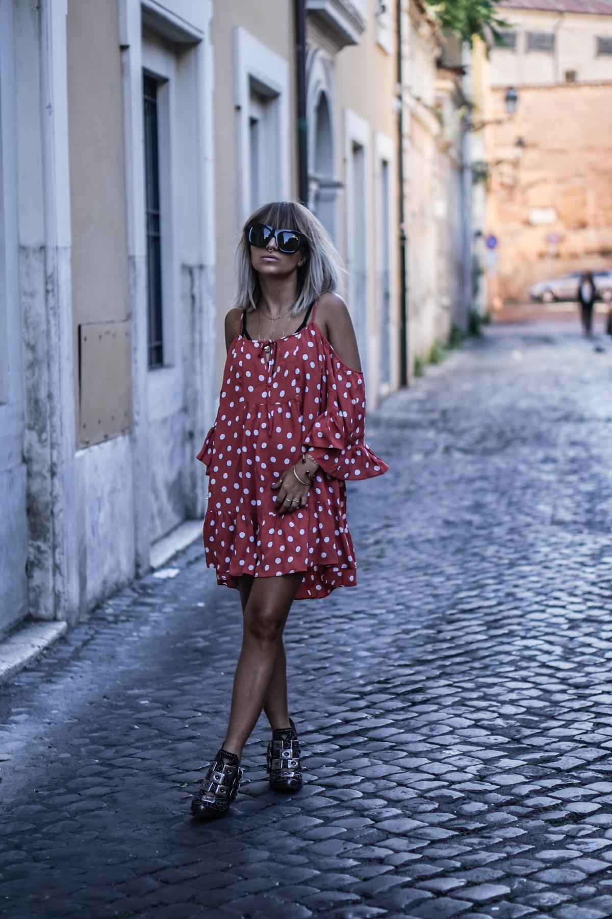Petite robe rouge a pois