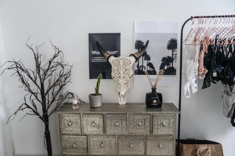 Tête de buffle bali similaire ici affiches jai imprimé moi même sur un site plus le nom arbre casa old diffuseur rituals commode p